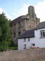 Tinnahinch Castle