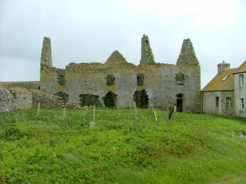 Ormacleit Castle